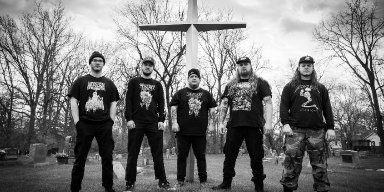 "HANGING FORTRESS stream REDEFINING DARKNESS debut at ""Decibel"" magazine's website"