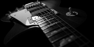 Can YouTube fully replace books for learning guitar?