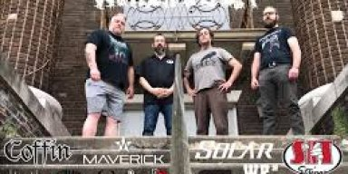Into The Pit with DJ Elric Interview with Gravehuffer Part 3 show 251