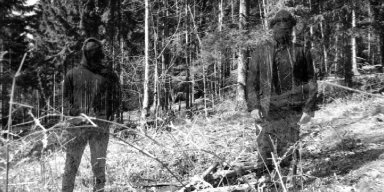 "ANGSTSKRÍG: Decibel Magazine Premieres ""Skyggespil"" Video From Mysterious Danish Black Metal Duo; Full-Length Debut Nears Release Via Despotz Records"