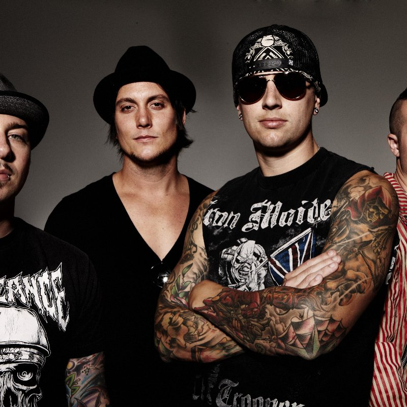 AVENGED SEVENFOLD thinks 'If People Hate What You're Doing, It Means You're Doing It Right'