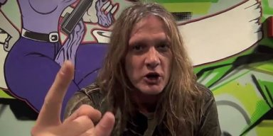 SEBASTIAN BACH Slams APPLE For Failing To Replace His iPhone Battery!