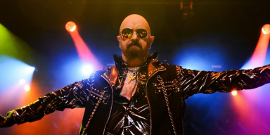 ROB HALFORD: 'I'm Not A DONALD TRUMP Supporter!