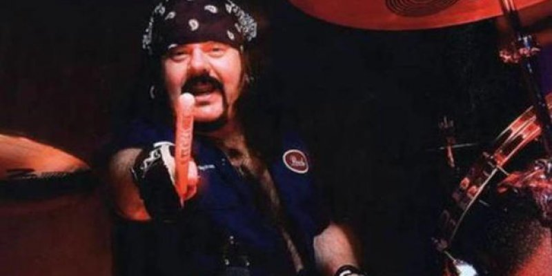 VINNIE PAUL Wanted GUNS N' ROSES' 'Appetite For Destruction' Played At His Funeral