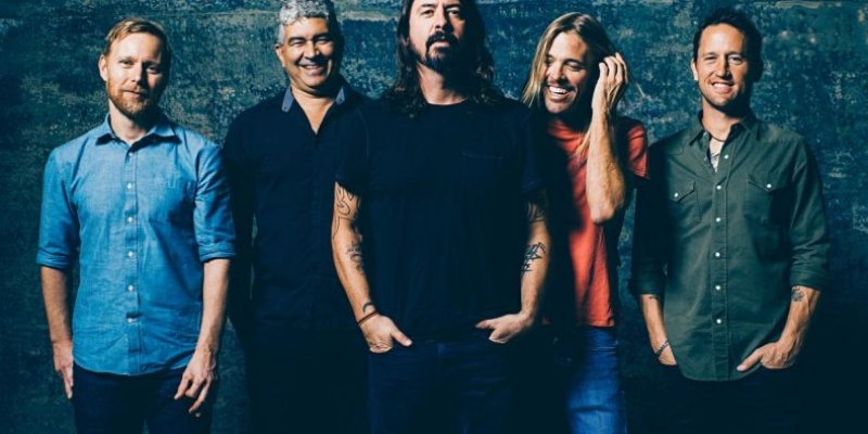 "FOO FIGHTERS: ""Hopefully Someone Else Than Us Is Keeping Rock Alive, or We're Really Screwed"""