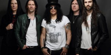 SLASH FEATURING MYLES KENNEDY AND THE CONSPIRATORS: Teaser For 'Driving Rain' Video