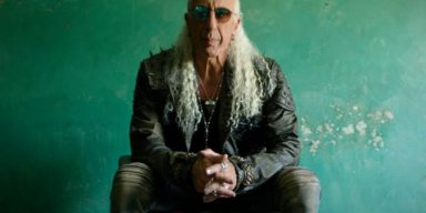 DEE SNIDER Says He Sold His TWISTED SISTER Catalog For 'A Lot Of Money'