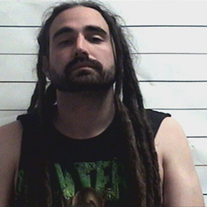 Man wearing Pantera shirt beats wallet thief to death!