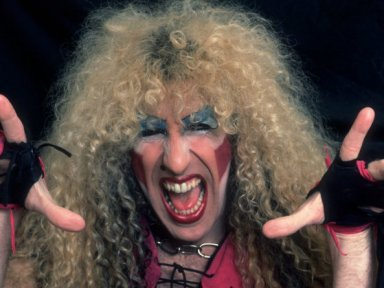 Dee Snider Say's He Invented Stage Diving And Regrets it!