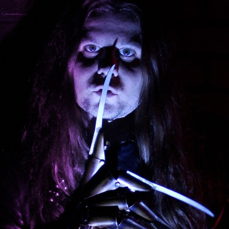 """Time To Get Ready For Halloween With SLASHER DAVE, Check Out His Brand New Track """"Frights"""""""