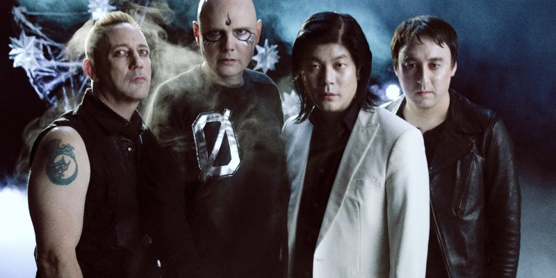 """THE SMASHING PUMPKINS - Premiere Billy Corgan-Directed Video For """"Silvery Sometimes (Ghosts)"""""""