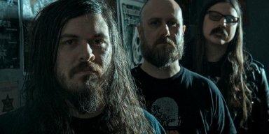 "FISTER: Missouri Doom Trio Unveils ""I Am Kuru"" Video; Tour Underway"