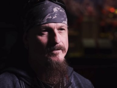 ICED EARTH's JON SCHAFFER Thinks 'We've Turned Into A Society Of Snowflakes Where People Are Just Weak And Entitled'