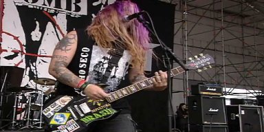"Wanna hear Max Cavalera perform NAILBOMB's entire ""Point Blank"" ?"
