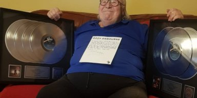 OZZY OSBOURNE Gives Terminally Ill LEE KERSLAKE Platinum Discs!