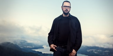 "EMPEROR's IHSAHN Praises GHOST ""for holding the blowtorch high for theatrical rock and roll"""