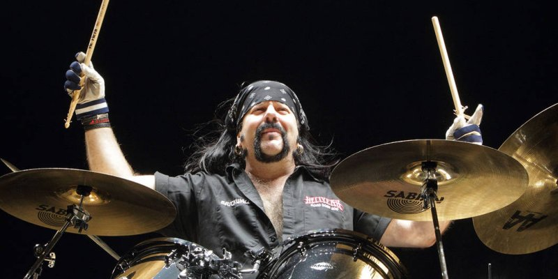 "Grammy Awards Snub Vinnie Paul in ""In Memoriam"" Tribute Segment?"