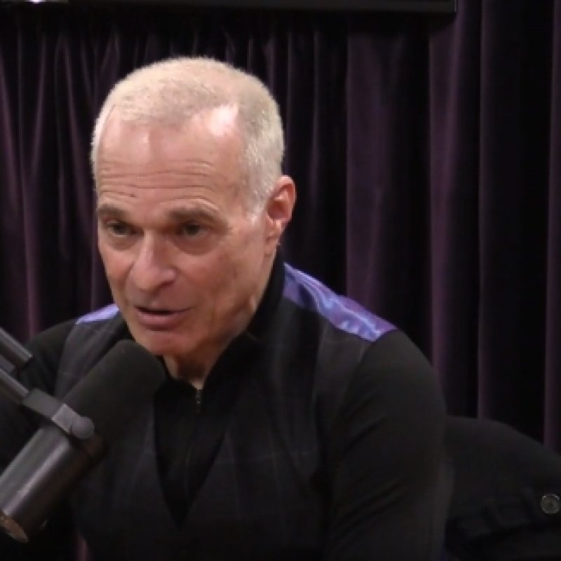 DAVID LEE ROTH's 3 Hour Interview With 'The Joe Rogan Experience'