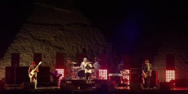 Watch RED HOT CHILI PEPPERS' Entire Concert At Egyptian Pyramids