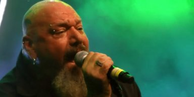 PAUL DI'ANNO Is Going Through 'Hell' Waiting For Knee Surgery
