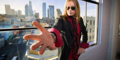 SEBASTIAN BACH To Perform SKID ROW's Entire Debut Album On 30th-Anniversary Tour