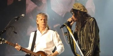TYLER PERFORMS WITH MCCARTNEY