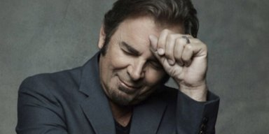 JOURNEY Keyboardist Says God Is Whispering In His Ear