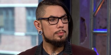 DAVE NAVARRO Says MARIANNE WILLIAMSON Is First Presidential Candidate He Has Spoken To Who 'Understands Human Beings And Human Psyche'