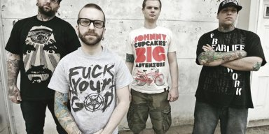The Acacia Strain Reacts To Song Lyrics On Dayton Shooter's Hoodie At Time Of Death!