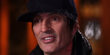 TOMMY LEE Tells DONALD TRUMP: 'Wake The F**k Up'