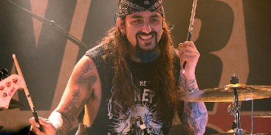 PORTNOY DOESN'T WANT TO UPSET DREAM THEATER