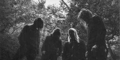 SOLBRUD: Copenhagen Black Metal Ensemble Announces Third Album Vemod For Release Through Indisciplinarian And Vendetta Records