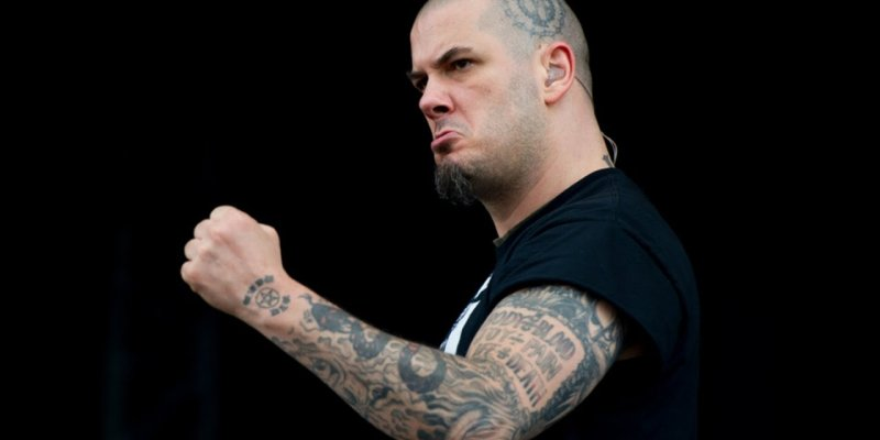 PHILIP ANSELMO Performs PANTERA Classics At AFTERSHOCK Festival