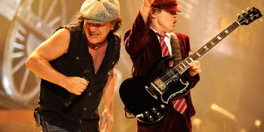 AC/DC To Headline North American Festivals In 2020 With BRIAN JOHNSON