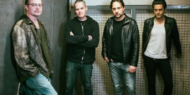 Mike Patton Of Faith No More, Dave Lombardo Of Slayer Bring You Dead Cross!
