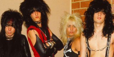 MOTLEY CRUE's Wise Business Move That Made Them Earn More Money Than Before