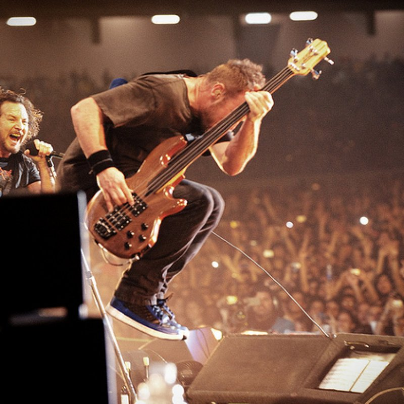 PEARL JAM's Jeff Ament Says CHRIS CORNELL Was 'The Greatest Songwriter!
