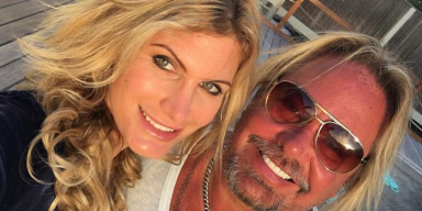 VINCE NEIL Shares Photo For Valentine's Day