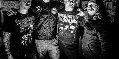 """THE THIRD KIND: Metal Injection Premieres """"Electronic Moon"""" From New York City Crossover Quartet With Members Of All Out War And More; Man vs Earth Debut LP Nears June Release"""