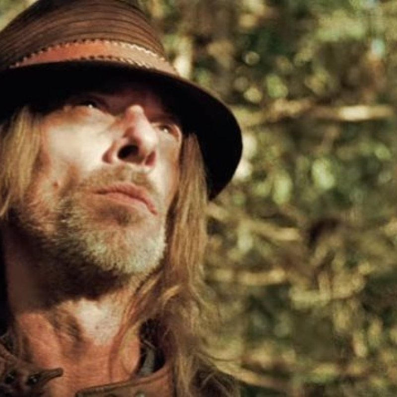 REX BROWN Releases Video For 'Buried Alive'