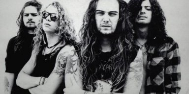 SEPULTURA: Expanded Editions Of 'Chaos A.D.' And 'Roots' Due This Fall!