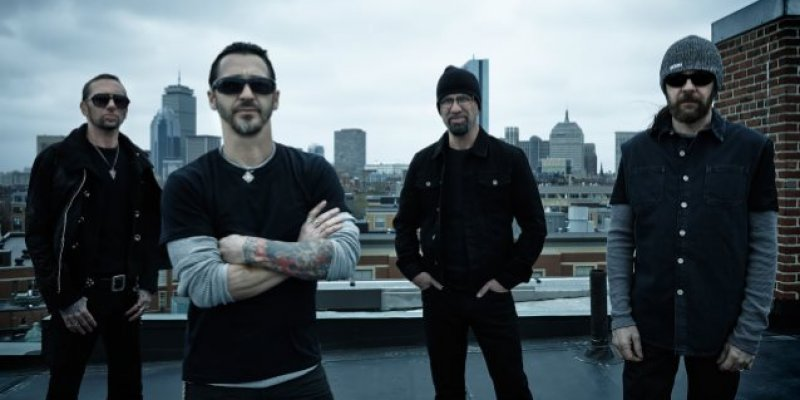 SULLY ERNA Says New GODSMACK Music Will Be More Commercial