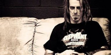 LAMB OF GOD Frontman Calls DONALD TRUMP An 'Infuriated Orange Bowl Of Sherbet'