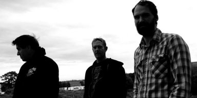 "Palaces release new song ""Isle of Palms"""