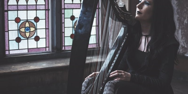 """Lindsay Schoolcraft releases """"Dance On The Strings"""" video"""