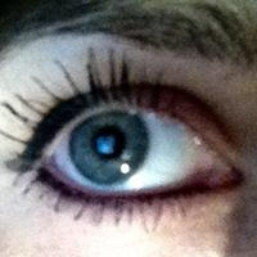 laura.eye