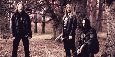 "CYNABARE URNE stream HELTER SKELTER debut at ""Decibel"" magazine's website"