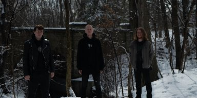 NOXIS stream PULVERISED / ROTTED LIFE debut EP at NoCleanSinging.com