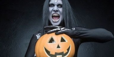 """WEDNESDAY 13 UNVEILS EERIE ROCKING COVER OF INXS '""""DEVIL INSIDE"""""""