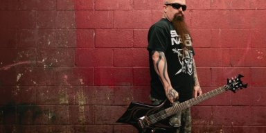 SLAYER's KERRY KING breaks down about JEFF HANNEMAN
